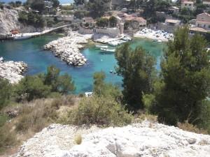 Petit port de Niolon et sa calanque entre Marseille et Carry-le-Rouet